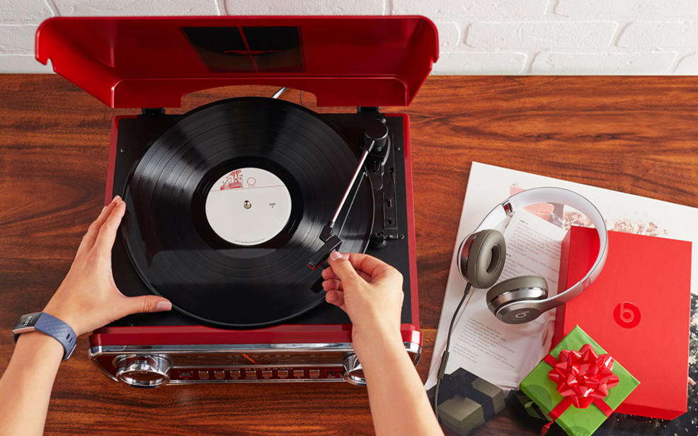 Electronics gifts, record player, headphones.