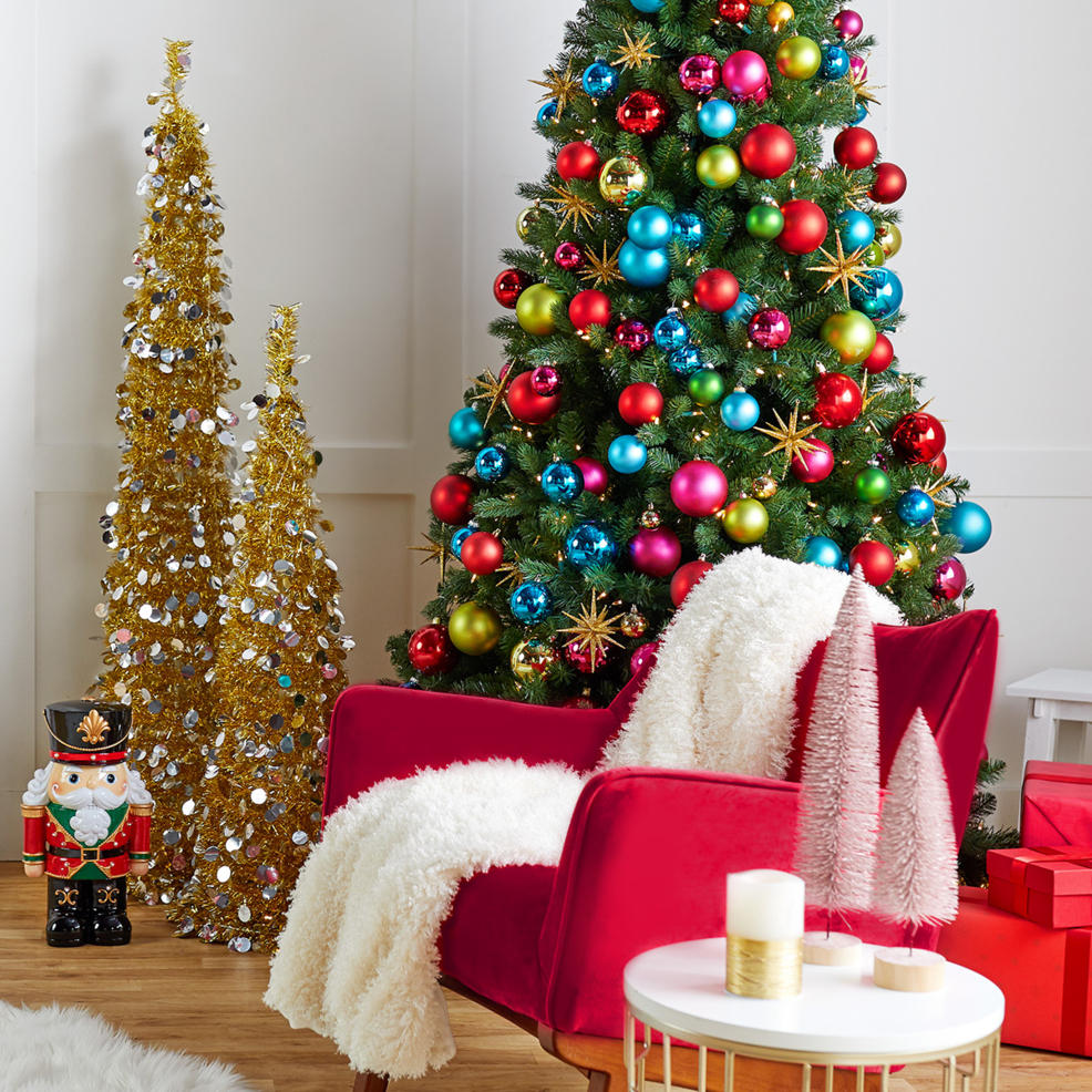 Get festive décor in the nick of time