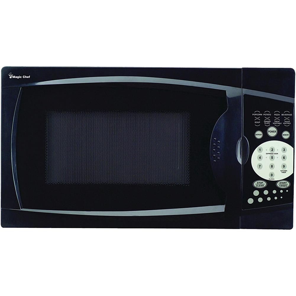 Magic Chef(R) MCM770B .7 Cubic-ft, 700-Watt Microwave with Digital Touch (Black)