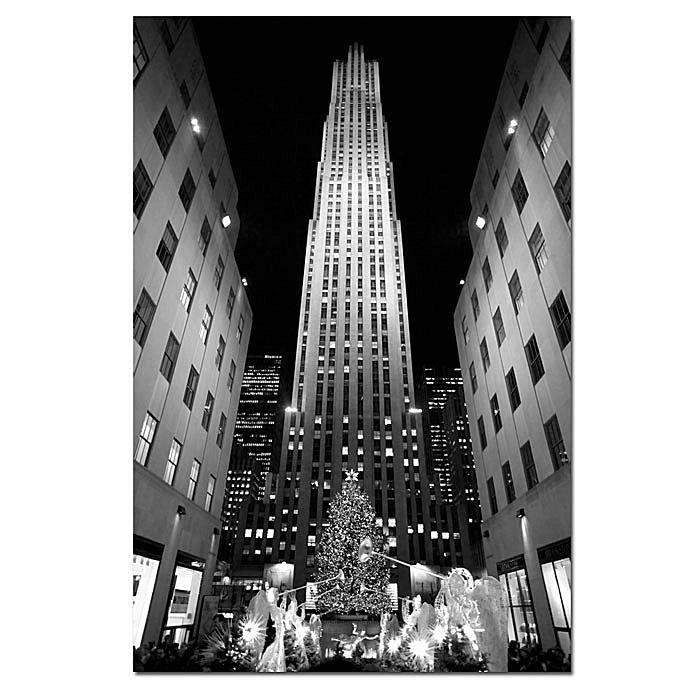 Trademark Global, Inc. Yale Gurney 'Rockefeller Night' Giclee Wall Print - 14 x 19