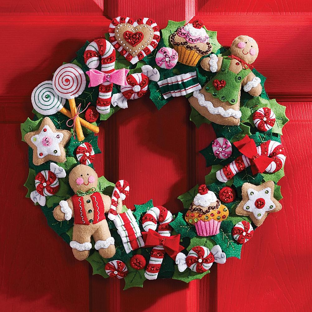 "Cookies and Candy 15"" x 15"" Wreath Felt Applique Kit"