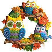 "Bucilla Felt 17"" Wreath Applique Kit, Round-Owl"