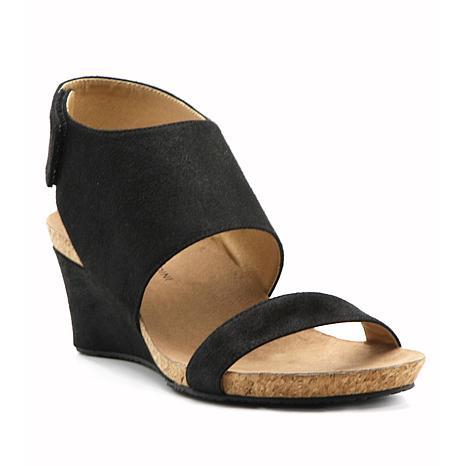 Adrienne Vittadini Trevin Wedge Sandal