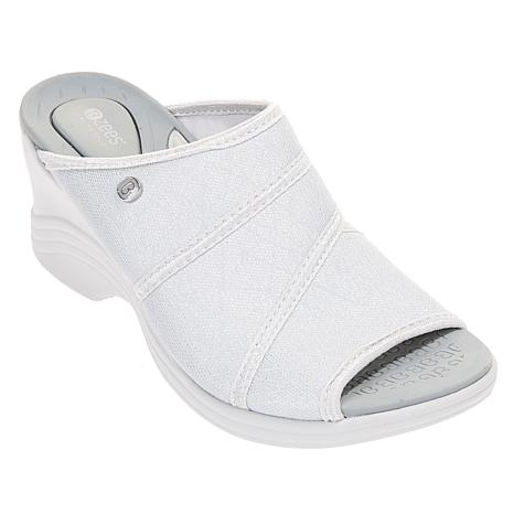 Bzees Huggable Wedge Slide Sandal