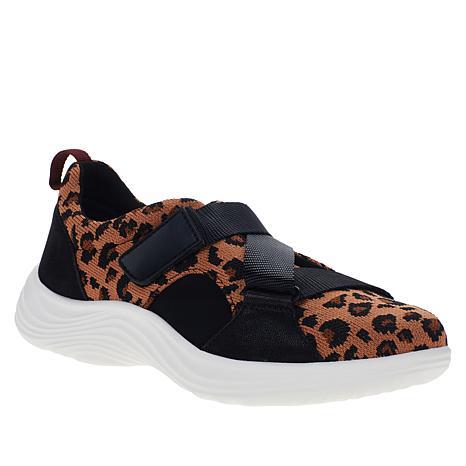 by Clarks Lulu Go Lace-Free Sneaker
