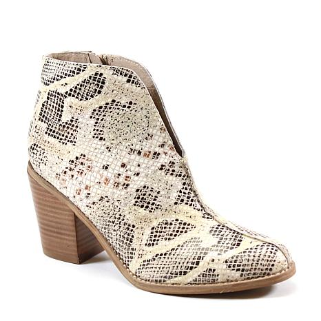 Diba True Look Down Front V-Cut Ankle Bootie
