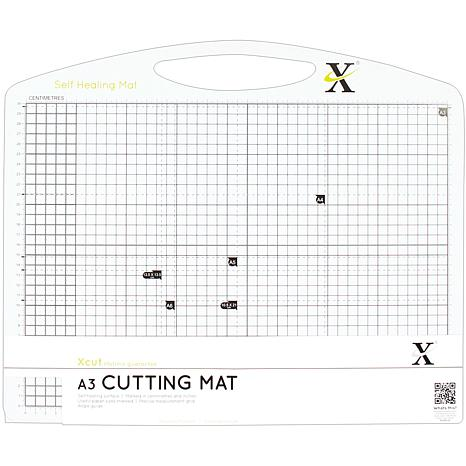 docrafts Xcut Duo Cutting Mat - Black and White