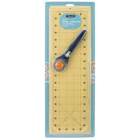 Fiskars 45mm Rotary Cutter and Mat Set