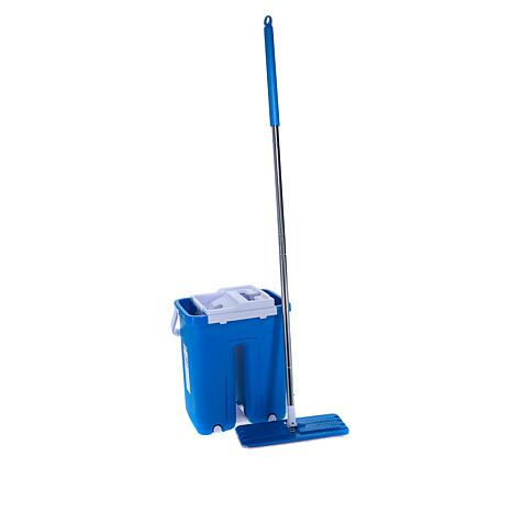 Hurricane® In and Out™ Mop with 2 Microfiber Pads
