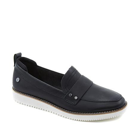 Hush Puppies Chowchow Leather Loafer