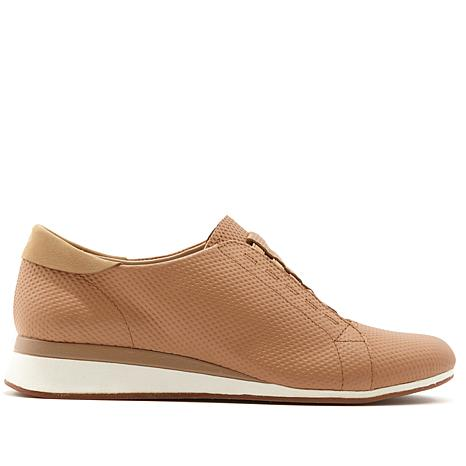 ce85d16a00a Hush Puppies Evaro Leather Slip-On Oxford - 8629805