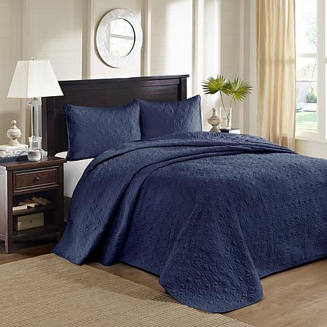 Madison Park Quebec Queen Quilted Bedspread Set - Navy