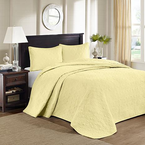 Madison Park Quebec Queen Quilted Bedspread Set-Yellow