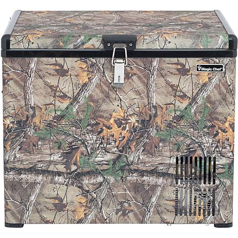 Magic Chef 1.4 Cu. Ft. Portable Freezer with Realtree Camo Pattern