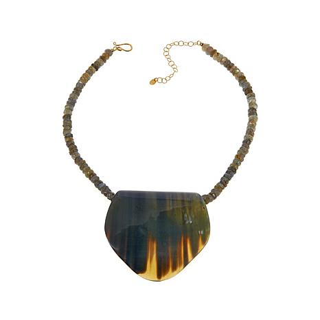 Natural Beauties Gray Horn Pendant with Necklace