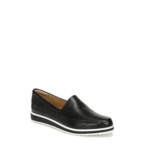 Naturalizer Beale Leather Slip-On Loafer