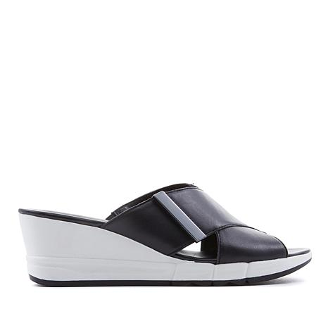 Naturalizer Izzy Leather X-Band Wedge Sandal