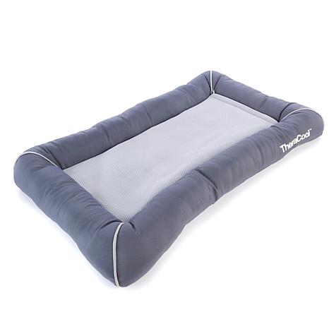 petTherapeutics™ TheraCool™ Cooling Pet Bed - M