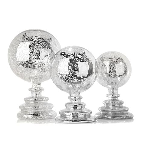 Set of 3 Lighted Glass Spheres with Timers