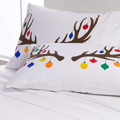 South Street Loft 100% Cotton 2-pack Pillowcases - Reindeer Ornament