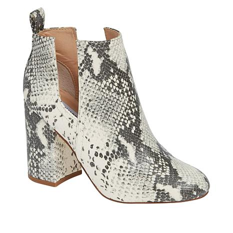 385b5c95ccd Steve Madden Nayna Pull-On Ankle Bootie