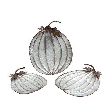 Winter Lane Set of 3 Nesting Rustic Metal Pumpkin Plates