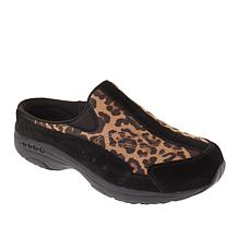 easy spirit Traveltime Leopard-Print Clog