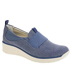 Baretraps® Garner Slip-On Sports Shoe