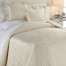 Concierge Elements Chrysanthemum 3-piece Coverlet Set