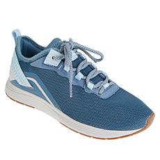 easy spirit Linzey2 Breathable Mesh Lace-Up Sneaker