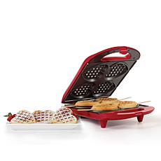Holstein Housewares  HF-09031R 4-Piece Heart Shaped Waffle Maker