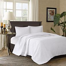 Madison Park Corrine 3-pc Reversible Mini Bedspread Set, White - Queen