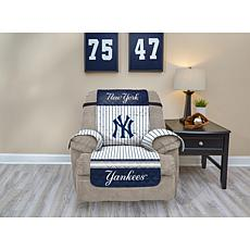 Officially Licensed MLB  Recliner Furniture Protector - Yankees