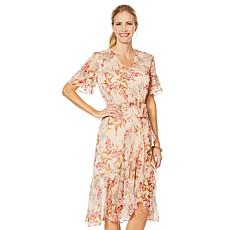 5dd4d3e2ea5d Vince Camuto Wildflower Ruffle-Sleeve Dress