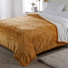 Warm & Cozy Quilted Plush Sherpa Blanket