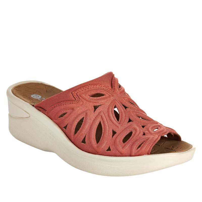 Bzees Suzie Washable Slide Sandal