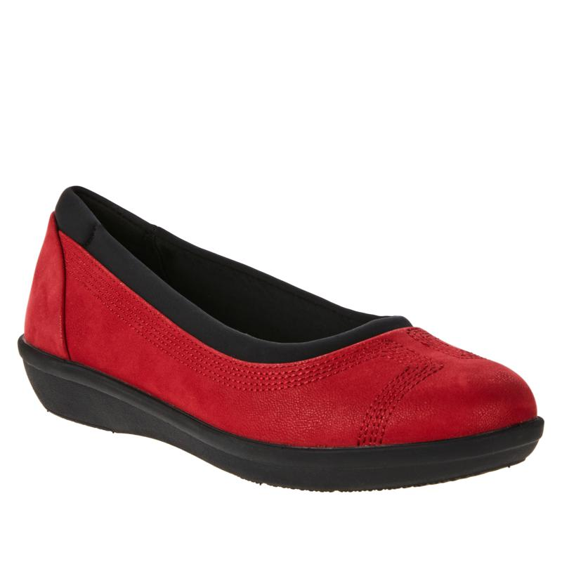 Cloudsteppers by Clarks Ayla Low Slip-On Flat