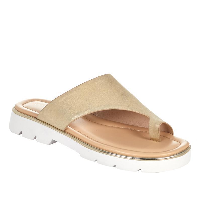 Donald J. Pliner Haily Leather Toe Loop Sandal