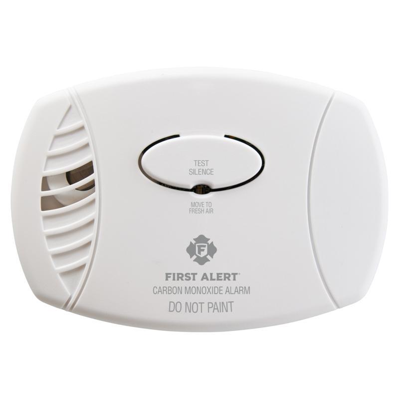 First Alert CO605 Plug-In Carbon Monoxide Alarm with Battery Backup