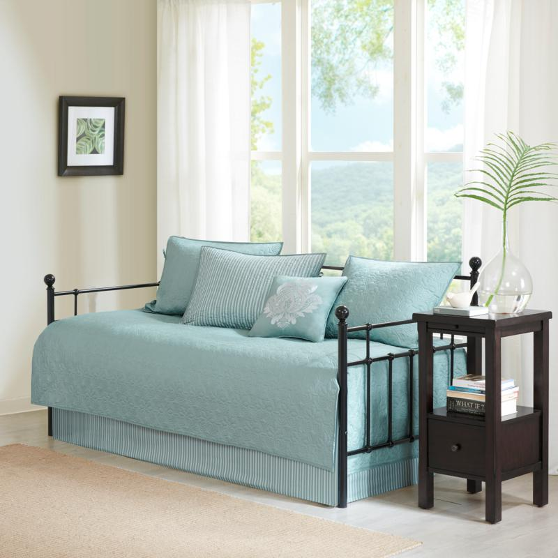 Madison Park Quebec Quilted 6-piece Day Bed Cover