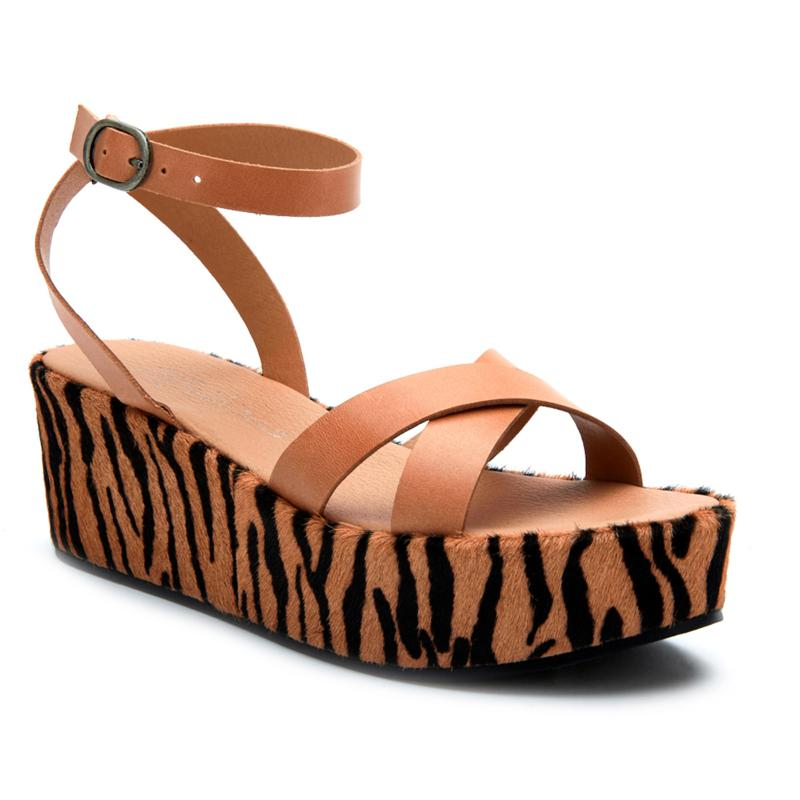Matisse Sure Thing Leather Wedge