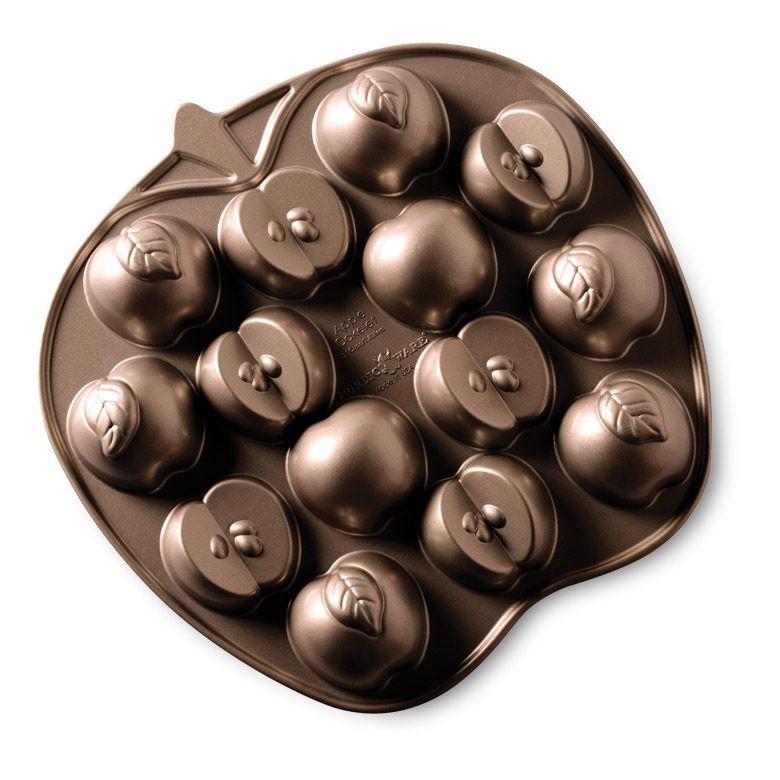 Nordic Ware Apple Slice Cakelet Pan