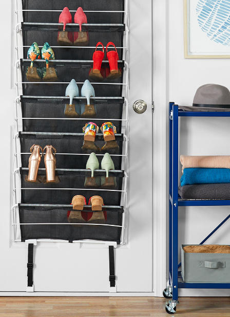 a hangable shoe rack
